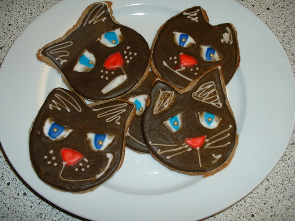 Kitten cookies (taste extra good when you hack core)